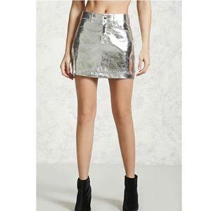 Metallic silver faux leather mini skirt